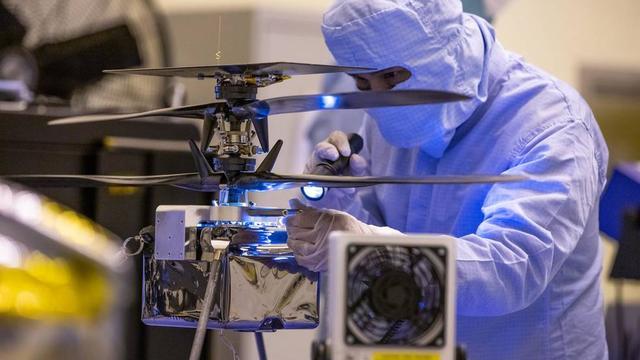 Deze helikopter vliegt binnenkort over Mars