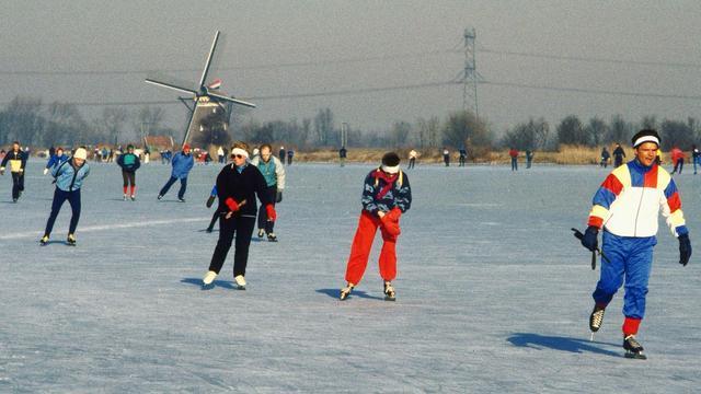 Siberische kou op komst: Waarom willen we toch zo graag schaatsen?