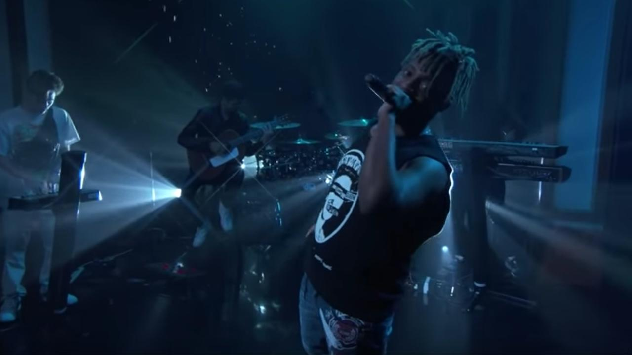 Juice WRLD zingt Lucid Dreams in show van Jimmy Kimmel