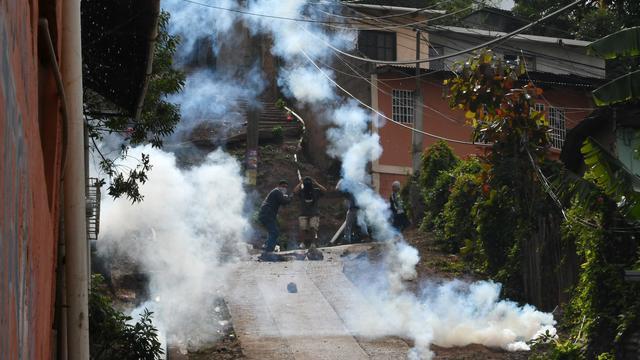 Dode bij botsingen politie en demonstranten in Honduras