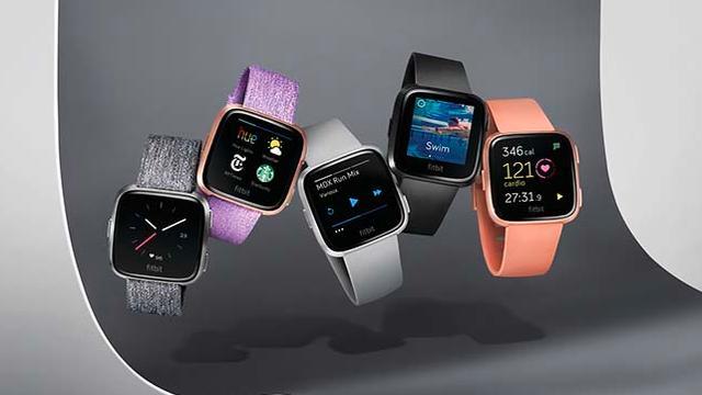 Fitbit presenteert nieuwe Pebble-achtige smartwatch