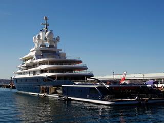 Boot is bijna 400 miljoen euro waard