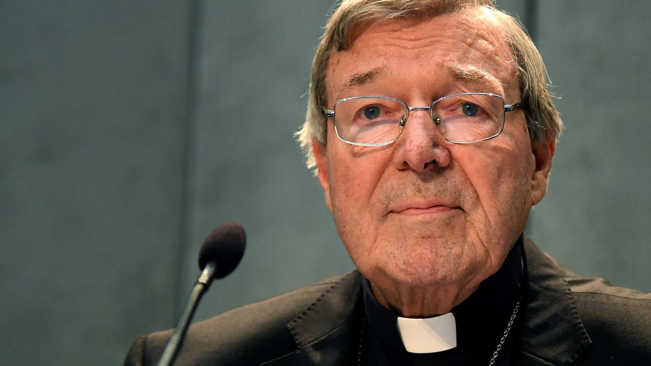 Paus-vertrouweling cel in voor misbruik: Wie is George Pell?