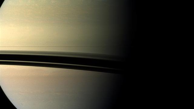 Grote hoeveelheid hagel valt uit ringen rond Saturnus