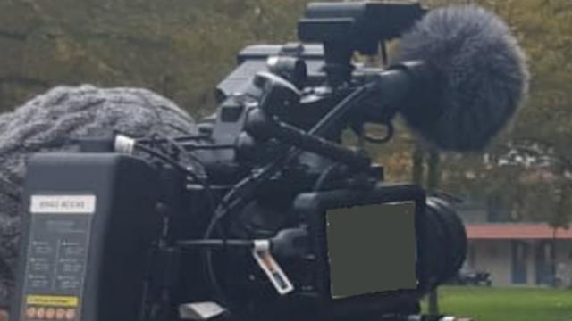 Cameraploeg EenVandaag bedreigd en beroofd in Amsterdam