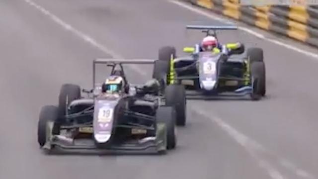 Leiders F3-race Macau crashen in laatste bocht; nummer 3 wint