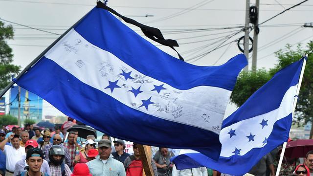 Vier toeristen en piloot omgekomen bij vliegtuigongeluk in Honduras