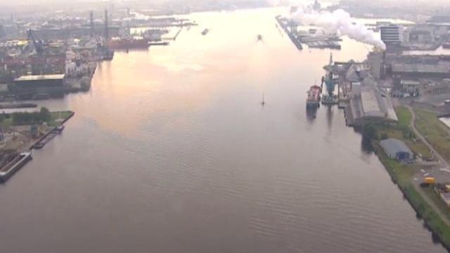 Ivens: Bedrijven in haven moeten wijken voor woningen Haven-Stad