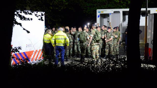 'Nachtelijke zoektocht naar vermiste broertjes gebeurde onder druk media'