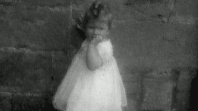 Elizabeth als peuter, rond 1927.