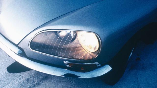 De meedraaiende koplampen van de Citroën DS.
