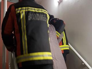 Bewoners kregen na uren wachten assistentie van brandweer