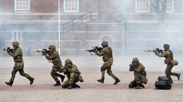Commando's oefenen voorlopig niet met scherpe munitie