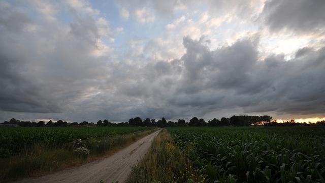 Weerbericht: Oer-Hollands weer met veel bewolking en af en toe regen