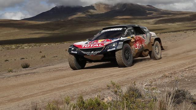 Tijdstraf in Dakar Rally voor Sainz na botsing met Nederlander Koolen