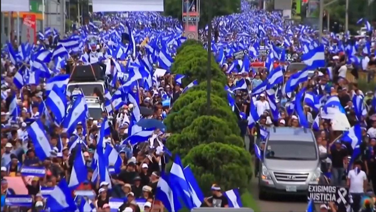 Honderdduizenden Nicaraguanen eisen aftreden president