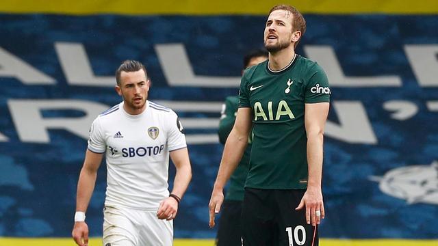Harry Kane zucht na de nederlaag van Tottenham Hotpsur.