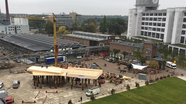 Opbouw van Dutch Design Week in volle gang