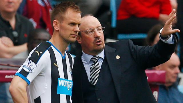 Siem de Jong mist door blessure mogelijk start van seizoen Newcastle