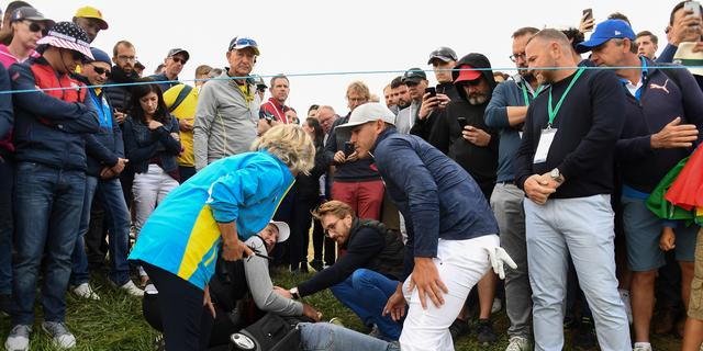 Vrouw die bal in oog kreeg tijdens Ryder Cup wil toernooileiding aanklagen
