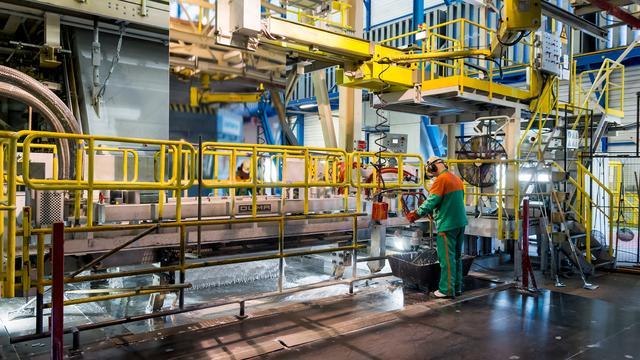Personeel Tata Steel Nederland stemt in met fusie ThyssenKrupp