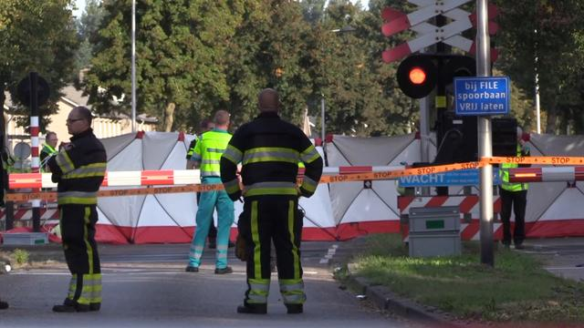 Hulpdiensten massaal ter plaatse na dodelijk ongeluk in Oss