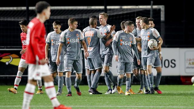 FC Volendam vernedert Jong AZ, De Graafschap ontkomt aan nieuwe averij