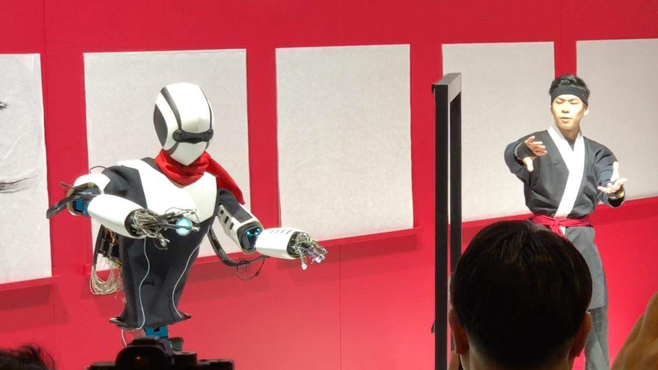 Japanse provider toont '5G-vechtrobot' op Mobile World Congress