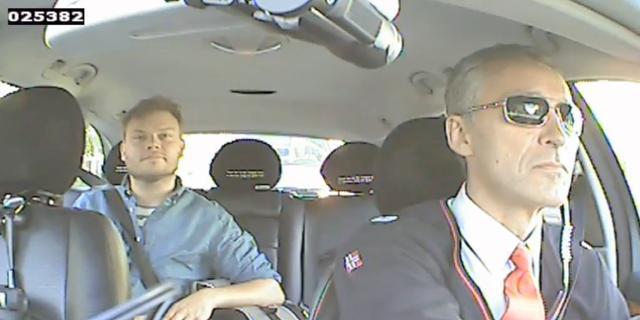 Premier Noorwegen undercover als taxichauffeur