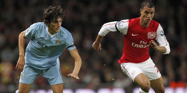 Arsenal verkoopt Chamakh aan Crystal Palace
