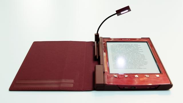 de sony reader beschikt over iets minder instellingen dan de andere twee e readers waardoor je leeservaring minder uitgebreid kan worden aangepast