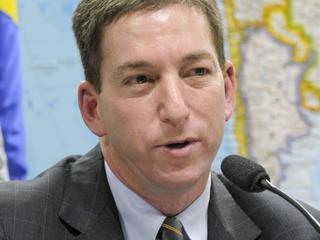 Man van Glenn Greenwald werd negen uur lang ondervraagd door Britse autoriteiten