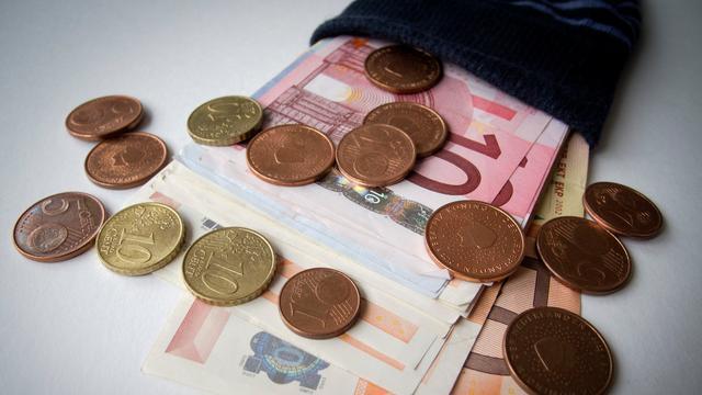 'Vermogenden schenken meer vanwege hogere zorgkosten'