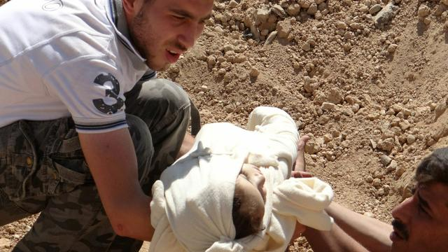 'Duizenden slachtoffers zenuwgas behandeld in Syrië'