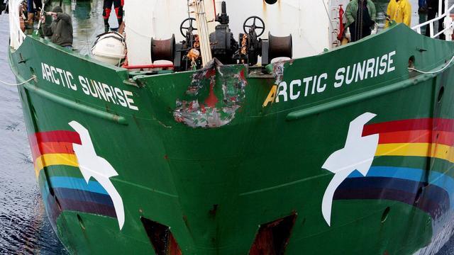Schip Greenpeace negeert Russisch vaarverbod