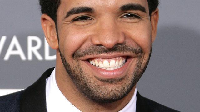 Drake draagt Calvin Klein op tournee