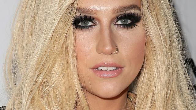 Kesha moet contract uitdienen bij Sony