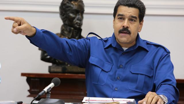 President Venezuela beperkt rechten van parlement