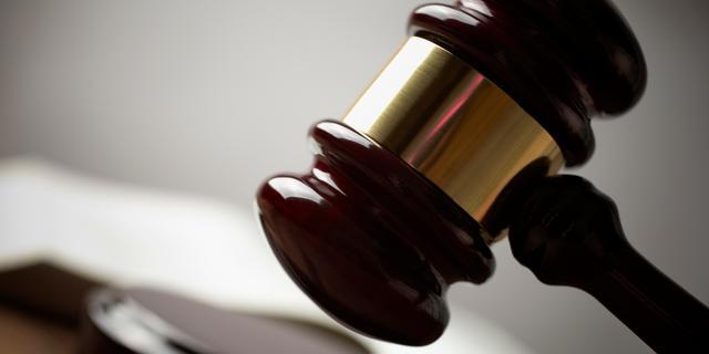 Minder mensen naar rechter door hogere kosten