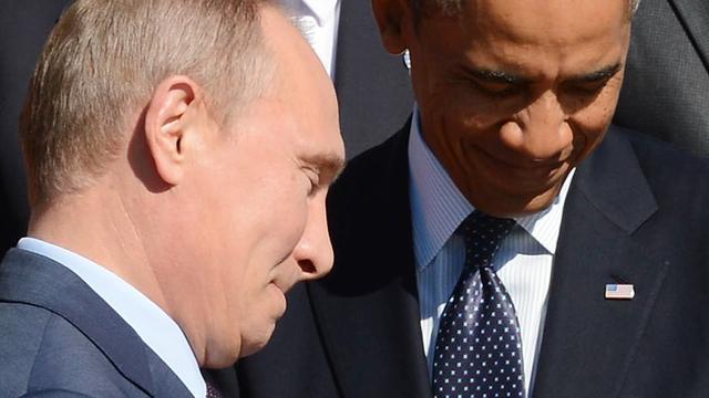 Obama dringt bij Poetin aan op diplomatieke oplossing