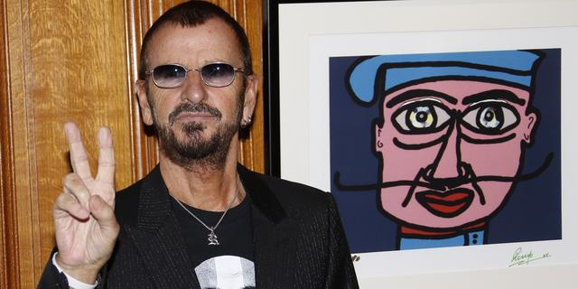 Beatle Ringo Starr (77) door prins William geridderd