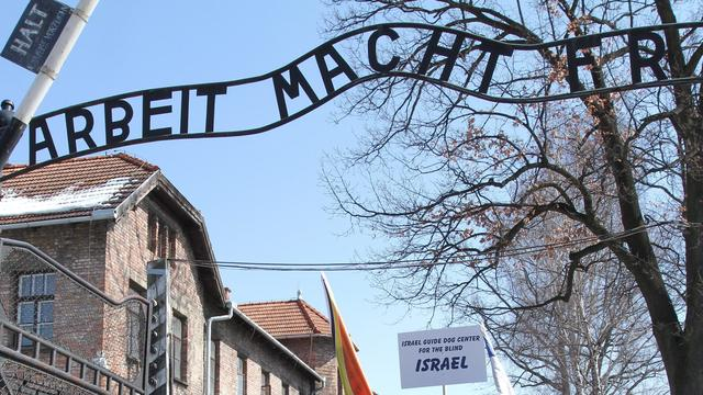 Onderzoek naar oud-bewaakster (90) Auschwitz