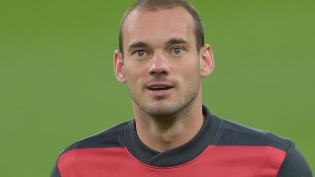 Galatasaray start met Sneijder op de bank tegen Real Madrid