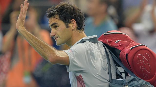 Federer struikelt over Monfils, Djokovic en Nadal wel door