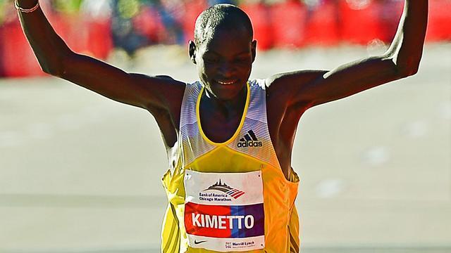 Kimetto loopt recordtijd in Chicago Marathon