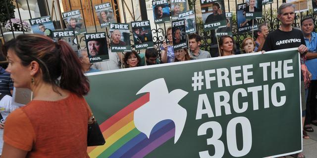 'Verlenging voorarrest Greenpeace-activisten gevraagd'