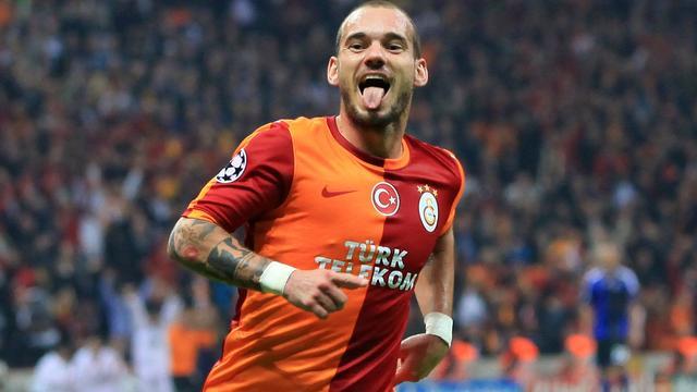 Sneijder helpt Galatasaray aan zege tegen FC Kopenhagen