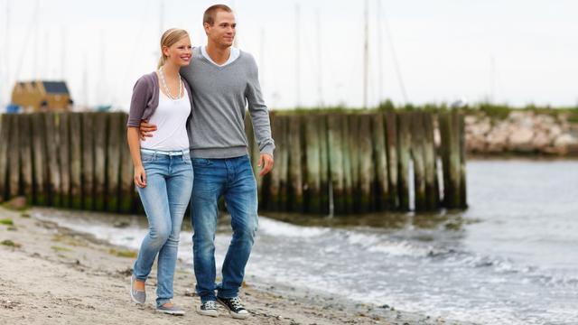 'Man wandelt zeven procent langzamer met geliefde'