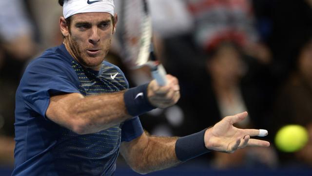 Del Potro prolongeert ten koste van Federer titel in Basel