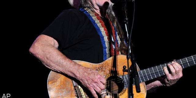 Countrylegende Willie Nelson krijgt voorafgaand aan Grammy's eerbetoon